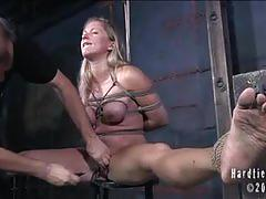 Pain-loving slut dia punished harshly by pd