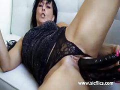 Extreme pussy toying with brunette milf