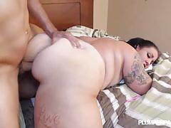 Bbw diana nicole bent over for dick to enter