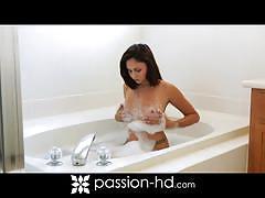 Ravishing babe ariana marie bathing then fucking
