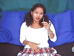 Asian babe loves a white lollipop