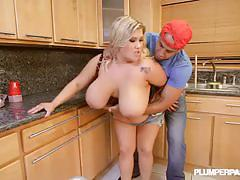 Bbw wife kacey parker fucks on the kitchen