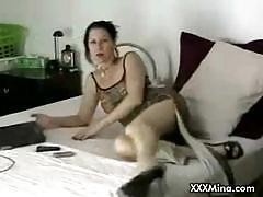 Naughty mina masturbating and fuckign on live cam