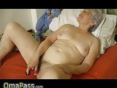 Chubby granny can still play with her dildos