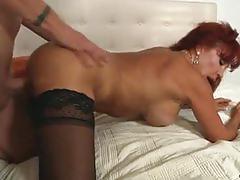 Sexy cougar vanessa bella getting slammed