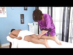 Teen masseuse blows big cock