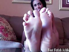 You like feet and that you badly want to jerk off.