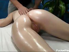 Teen alice march gets a pussy massage