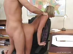 Sexy temp fills in for her boss at paying with sex