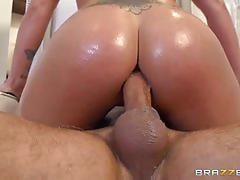 Keiran lee and holly heart start a hell of a party