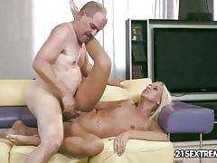 Jessy tiger steamy fuck fest with older guy
