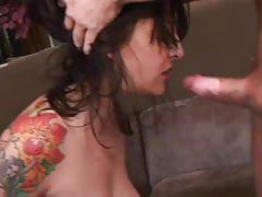 Hot tattooed cum-hungry momma gets her ass drilled