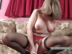 Horny mature sandie marquez dildos her cunt