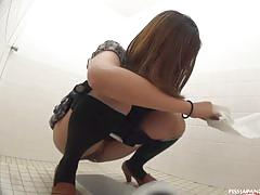 Hairy japanese babes caught pissing by hiddencam.