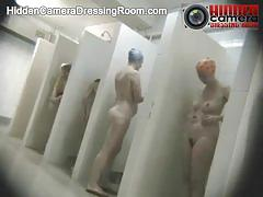 Watch these broads taking a kinky shower