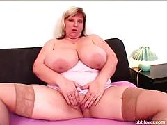 Juicy bbw june playing with her big tits and pussy