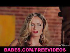 Prinzzess pussy fingering solo show