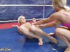 Lisa and kelly cat lesbian wrestling