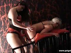 Paige turnah tortures karlie