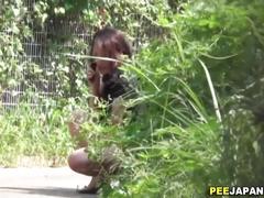 Japanese whore urinates