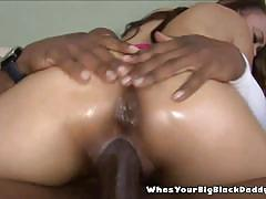 Ebony fuck machine fucked in her ass