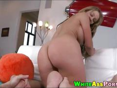 Phat booty nikki sexx asshole wrecked by huge hard dick