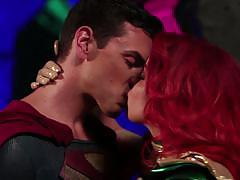 Babe britney amber gets off a sexy superhero