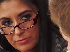 Beautiful milf nikki daniels fucks a student