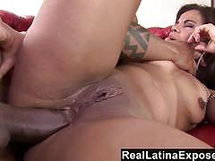 Luscious latina gets her ass slammed