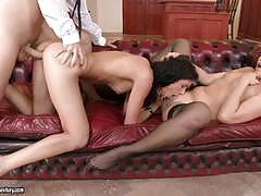 Leanna sweet and lindsey olsen suck and fuck together
