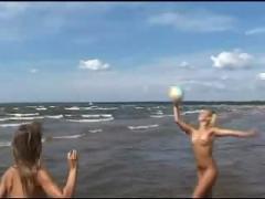 Beach nudist 0137 - summer 2007 iii-iii