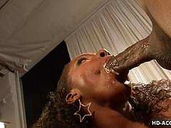 Ebony amateur rides this thick shaft