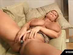 Myboobs.eu milf busty veronica del uno masturbates with silver vibrator