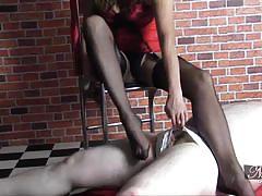 Sexy feet make a cock explode