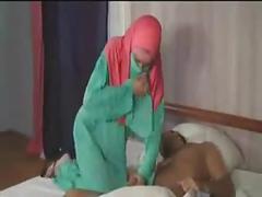 Pink turbanli arab