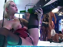Party babes love to fuck