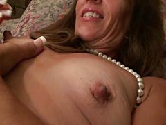 Mama se masturba 5