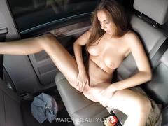 Big tits brunete getting off in a car