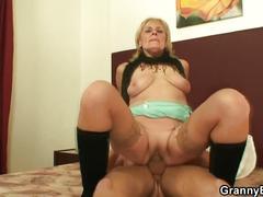 Granny porn sex