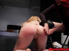 Blondes sub dominated by two lez doms