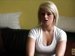 Blonde babe enjoys casting