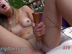 Dazzling babe sophia grace loves teasing her moist pussy