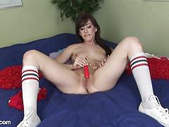 Raunchy babe jennifer white masturbating