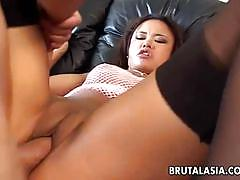 Sizzling annie cruz gets her ass hammered