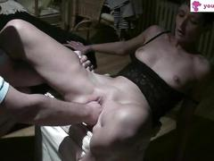 German wife takes a pussy fisting on a homemade sex tape