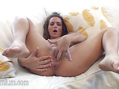 Sensual natasha nice fingers her moist pussy