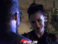 Digital playground - hot chicks big fangs 2