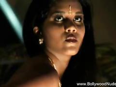 Erotic indian dance queen