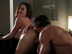 Brunette milf kendra lust takes a hot fuck opportunity