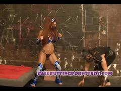Mortal kombat cosplay sex and ballbusting with crystal lopez